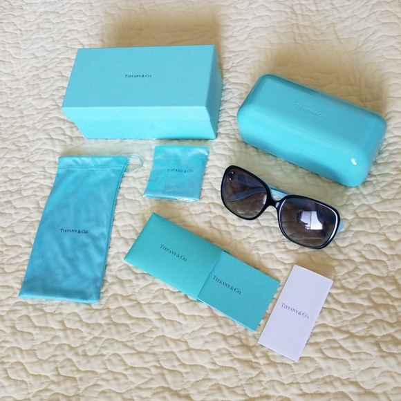 712e53f418 Tiffany   Co. Women Sunglasses NWT